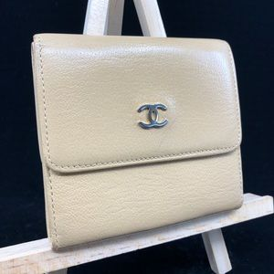 CHANEL CC LOGO LEATHER COMPACT BIFOLD BEIGE WALLET